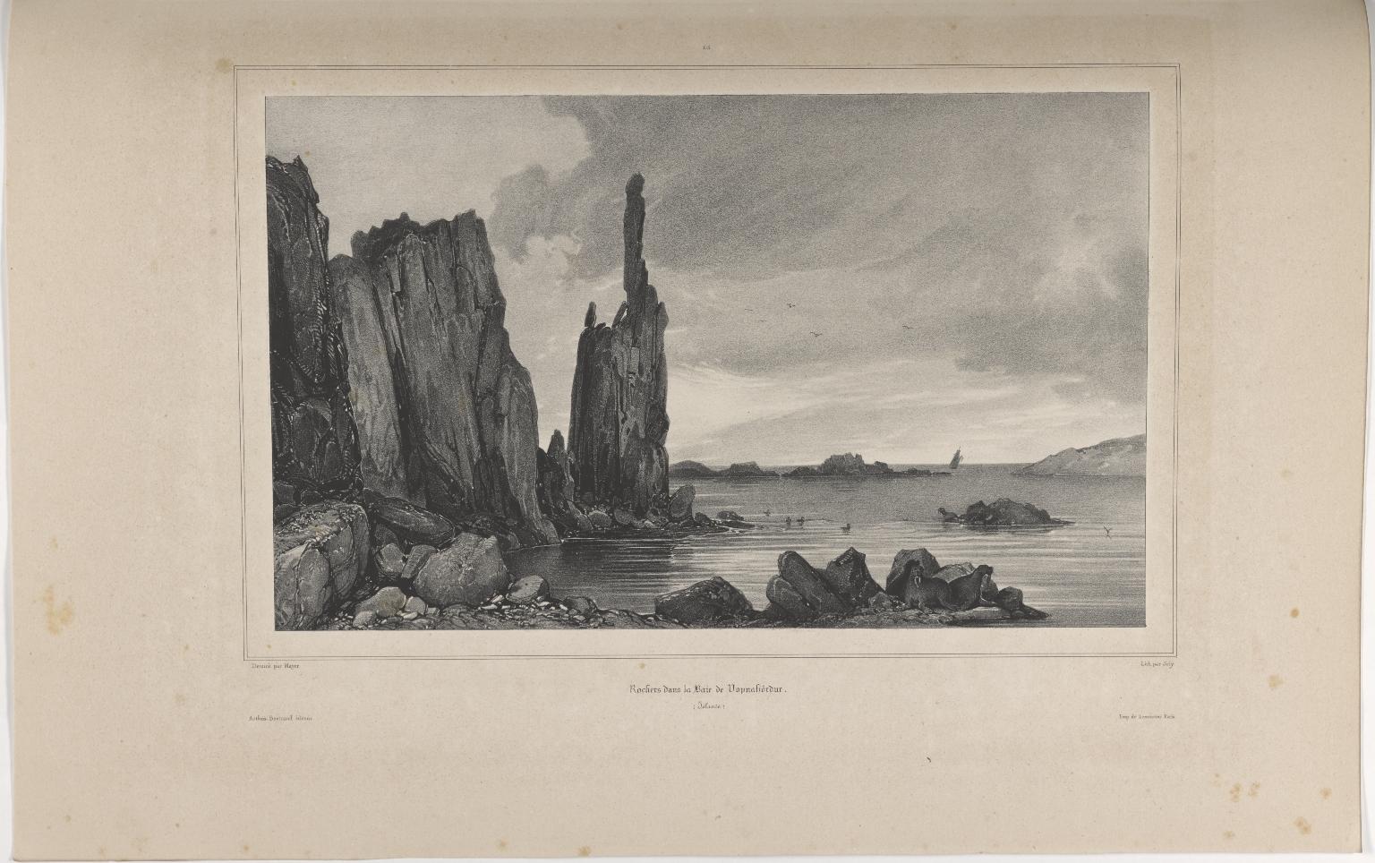 Rochers dans la Baie de Vopnafiörður. (Islande.)